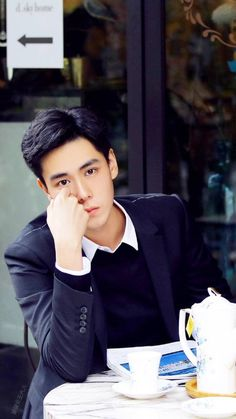Related image Handsome Korean Actors, Handsome Boys, China Movie, Chines Drama, Kdrama, A Love So Beautiful, Female Knight, Boy Poses, Cute Actors