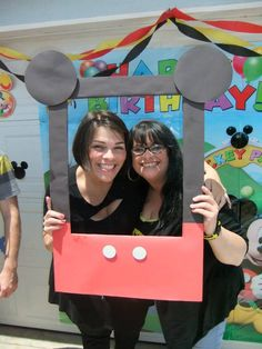 Made our own photo booth for a Mickey Mouse party :)