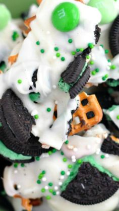 Saint Patrick's Day Mint Oreo Bark Recipe
