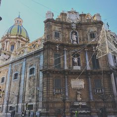"""Quattro Canti"" #callme_blest #palermo #sicilia #sicily #instadaily #igerspalermo #igersicilia #instagram #instagram #instamoment #picoftheday #photo #photogram #photograph #photograpy #iphone6 #instart #arte #artpics #artoftheday #artphoto #instagramers #instagramming"