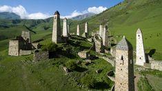 La storia delle case-torri tra le montagne del Caucaso