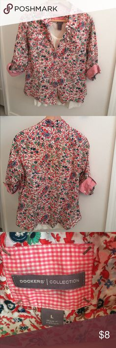 Dockers Spring printed button down shirt Dockers Collection printed button down shirt: 100% cotton: double button pockets on the front.  3/4 length roll up sleeves.  Very pretty printed blouse.  Off white tank top not included in purchase.  Can be bundled. Dockers Tops Button Down Shirts