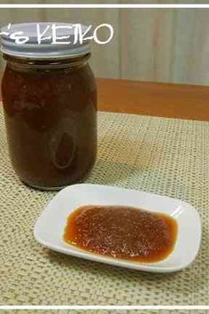 Great recipe for Farmhouse Recipe: All-Purpose Onion Sauce. I thought up various sauces that would go well with roast beef, and came up with this all-purpose one. This sauce keeps for about a month in the fridge. Recipe by FarmersK Sauce Recipes, Gourmet Recipes, Cooking Recipes, Healthy Recipes, Tasty Dishes, Food Dishes, Onion Sauce, Cooking Sauces, Marinade Sauce