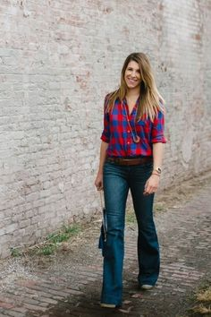 How To Wear Flared Denim | theglitterguide.com