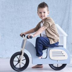Drewniany rowerek biegowy, skuter