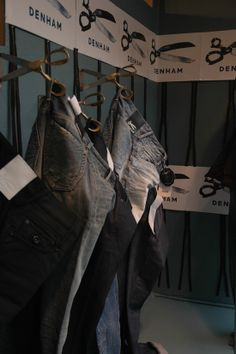 scissor hooks Denham Jeans, Bb Shop, Retail Store Design, Front Windows, Salon Ideas, Window Displays, Window Shopping, Barbershop, Boutiques