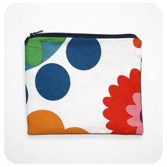 Zipper Pouch 7 x 5.5 inches by Boomerang360 on Etsy