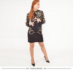 Vestido de tricot + Scarpin + Clutch com aplicação de brilhos. #moda #look #outfit #vestido #tricô #inverno #frio #ootn #shop #lojaonline #ecommerce #lnl #looknowlook