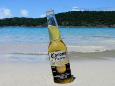 corona extra....ahhhhhhh......and a beach in Acapulco!!!!