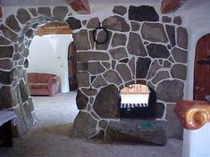 """Storybook"" home in Olalla, Washington"