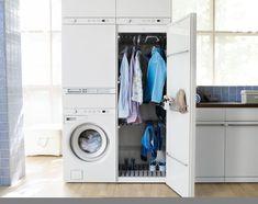 Buanderie de moins de 1 m2, avec lave-linge W6564W, sèche-linge T754CW, cabine de séchage DC7583W et table à repasser HI1152W,  3 796 euros, Asko.
