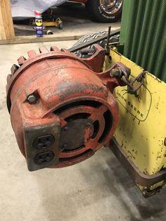 John Deere Garden Tractors, Old Tractors, Museum Of Curiosity, Garden Tractor Attachments, Riding Mower, Portable Generator, Cub Cadet, Generators, Camping Survival