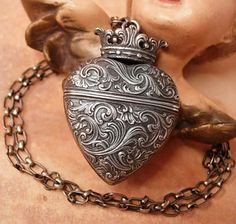 ANtique 1900s Sacred Heart Vinaigrette locket necklace sterling with crown Victorian