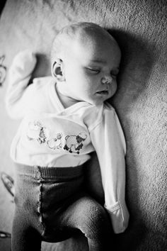 sleeping baby, photo by Absolutely white