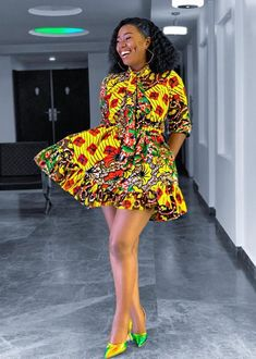 Chic Ankara dress styles can be worn to different occasion and you won't feel out of place. In fact chic Ankara dress styles coordinated with complementing accessories have a way of enhancing your overall look. African Fashion Ankara, Latest African Fashion Dresses, African Print Fashion, Africa Fashion, African Style, Nigerian Fashion, Short African Dresses, Ankara Short Gown Styles, African Print Dresses