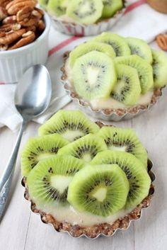 Raw Kiwi Banana Tarts (Sugar-Free)