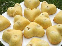 Moelleux aux raisins Raisin, Biscuits, Potatoes, Fruit, Vegetables, Food, Light Desserts, Recipe, Wednesday