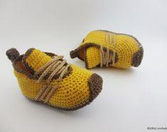 Crochet Baby Booties, Crochet baby sneakers, crochet baby shoes, Crochet Baby Boots My yarn is 55% cotton, 45% acrylic. Soft, gentle for babies.So it