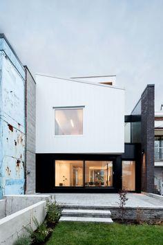 Alexandra Residence / NatureHumaine - modern black and white house design