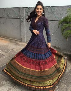 Isha Talwar Hot HD Photos & Wallpapers for mobile Indian Dresses, Indian Outfits, Indian Clothes, Office Fashion Women, Womens Fashion, Female Fashion, Indian Designer Outfits, Designer Dresses, Fall Fashion Outfits
