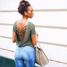Aimée Rose of http://aimazin.london/ in the #SmartGUESS Shape-Up Curve X Skinny Jeans in Fulton Wash #LoveGUESS