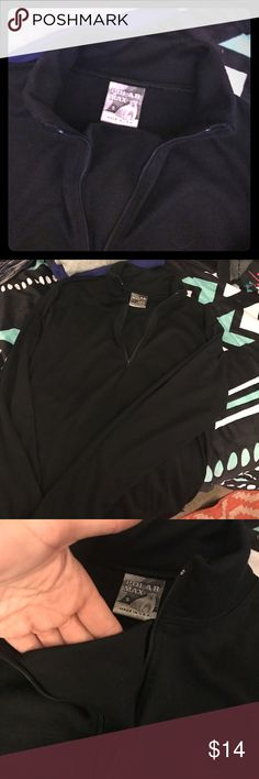 NWT Polar Max Shirt 🖤 Never worn and brand new! Polar Max will keep you warm like a thermal! 😉 cute style too! Polar Max Tops Tees - Long Sleeve