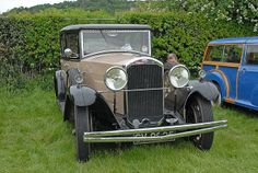 Vintage Humber  Stirling Classic Cars | http://www.carpicfinder.com/image/452/Vintage_Humber__Stirling_Classic_Cars/