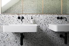 THE RETURN OF TERRAZZO With the enduring popularity of mid-century modern design showing no signs of slowing down, it comes as no surprise… 2018 Interior Design Trends, Home Decor Trends, Decor Interior Design, Interior Decorating, Interior Ideas, Terrazzo, Magazine Deco, Public Bathrooms, Small Toilet