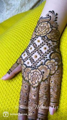 Floral Henna Designs, Henna Tattoo Designs Simple, Back Hand Mehndi Designs, Legs Mehndi Design, Latest Bridal Mehndi Designs, Full Hand Mehndi Designs, Mehndi Designs 2018, Mehndi Designs For Girls, Henna Art Designs