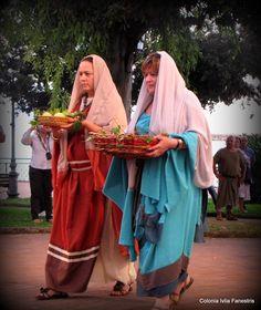Matrone Romane,Roman Women  Reenactors of  COLONIA IULIA FANESTRIS
