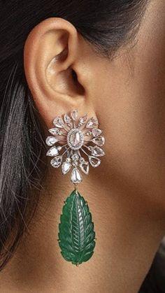 Gems Jewelry, Art Deco Jewelry, Metal Jewelry, Diamond Jewelry, Antique Jewelry, Diamond Earrings, Jewelery, Women Jewelry, Emerald Necklace
