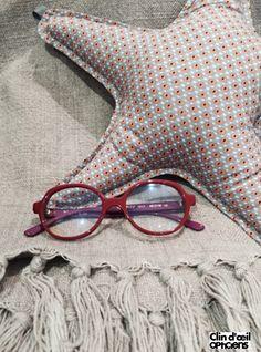 Tête à lunettes by Caroline Abram  clindoeilopticiens www.clin-doeil.fr Clin  d oeil Opticiens  caroline abram  teteàlunettes e312782310f7