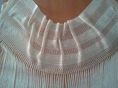 Mantón-echarpe encaje y fleco seda
