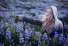 Rebekka is an amazing photographer from Iceland. Always love her work Face Photography, Senior Photography, Creative Photography, Icelandic Sweaters, Hidden Face, Best Portraits, Fair Isle Knitting, Blue Aesthetic, Drops Design