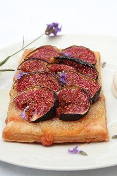 Fig Tart, Almond & Lavender Sauce by Le Petrin, via Flickr