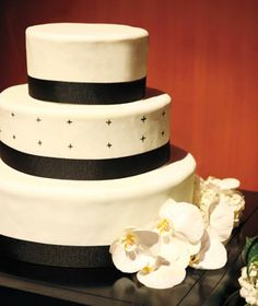 If my cake decorating class doesn't go well, this is what I will make for my wedding, and I'll still be happy with it.