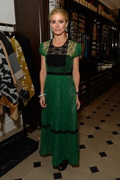 http://www.vogue.co.uk/spy/celebrity-photos/2015/11/best-dressed-of-the-week/gallery/1515926