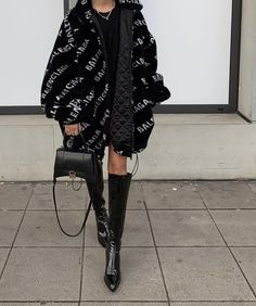 Source by clothing collage Fashion Killa, Look Fashion, Winter Fashion, Fashion Outfits, Womens Fashion, Fashion Trends, All Black Fashion, Style Casual, My Style