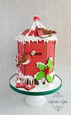 Here is my contribution to Gingerbread House Challenge hosted by Maria Mercedes Gonzalez Lagarma. Thank you so much for this opportunity. For my piece I chose to create a wee bit different gingerbread house than usual people make , a Christmas. Christmas Themed Cake, Christmas Cake Designs, Christmas Cake Decorations, Christmas Cupcakes, Christmas Gingerbread House, Christmas Post, Christmas Cooking, Gingerbread Houses, House Cake
