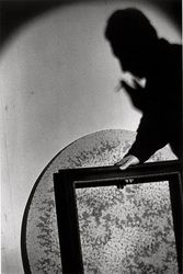 Ralph Gibson, Robert Frank, Chiaroscuro, Taking Pictures, American Art, Light In The Dark, Illusions, Mirror, Photography