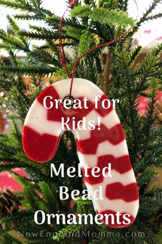 Looking for a fun Christmas craft for kids? Create ornaments with plastic pony beads and cookie cutters! Full instructions here. Great for kids to do! Toddler Arts And Crafts, Garden Crafts For Kids, Halloween Crafts For Kids, Craft Projects For Kids, Easy Crafts For Kids, Winter Activities For Kids, Creative Activities For Kids, Kids Christmas, Christmas Crafts