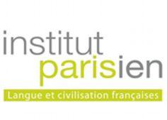 この学校の生徒はモチベーションが高く、やる気のある生徒が多いです。また教師たちはみんなフランス語教師の資格を持っています。