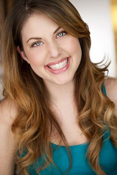 Top Oral Health Advice To Keep Your Teeth Healthy – Best Teeth Whitening Techinque Photographer Portfolio, Photographer Headshots, Headshot Photography, Headshot Poses, Actor Headshots, Headshot Ideas, Love Handle Workout, How To Prevent Cavities, Best Teeth Whitening