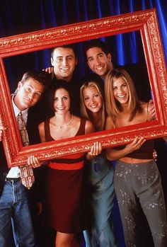 Cast of TV show a Friends - Lisa Kudrow says 'Friends' reunion isn't happening   Daily Mail Online
