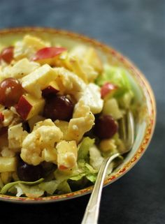 vineyard crunch salad ~ amazing combination of flavors with a lovely crunch!