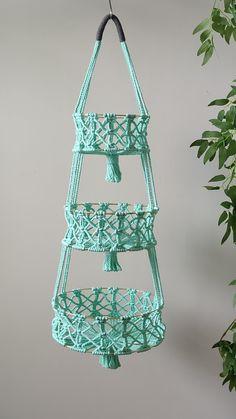 Macrame Design, Macrame Art, Macrame Projects, Macrame Knots, Micro Macrame, Macrame Supplies, Crochet Plant Hanger, Rope Plant Hanger, Macrame Plant Hanger Patterns