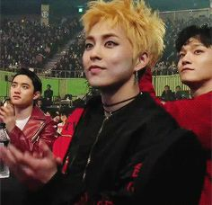 this cameraman loved xiumin (1/2)