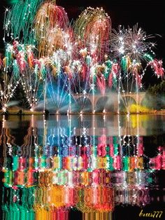 Happy New Year Fireworks~ Happy New Year Gif, Happy New Year Images, Happy New Year Greetings, New Year Wishes, Happy Birthday Wishes Cards, Happy Birthday Images, Fireworks Gif, Beautiful Gif, Happy Halloween