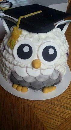 Owl graduation cake Más