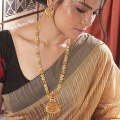 Buy the best Long Necklace Sets Indian Jewelry online from the top Long Necklace Sets manufacturer. Shop Arina Long Necklace Set online from the top brand for the best traditional and classy looks. Indian Jewelry Sets, Indian Jewellery Online, India Jewelry, Gold Jewellery Design, Silver Jewellery, Designer Jewelry, Pearl Jewelry, Jewelry Necklaces, Jewellery Diy